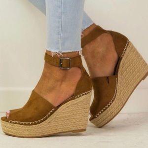 Shoes - WEDGES PLATFORM